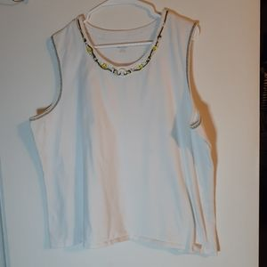 XL white tank top with yellow bead accents